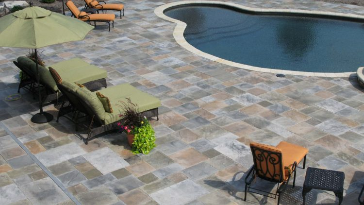 outdoor paving cost